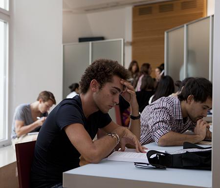FACULTY - ALPHABETICAL LISTING - Universita' Bocconi